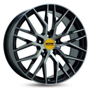 MAM RS4 8x18 schwarz front poliert